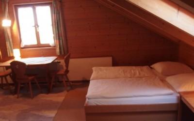 Schlafzimmer-Alp-Chalet